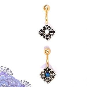 Jewelry - 🎀3/$23🎀 Opal Belly Ring